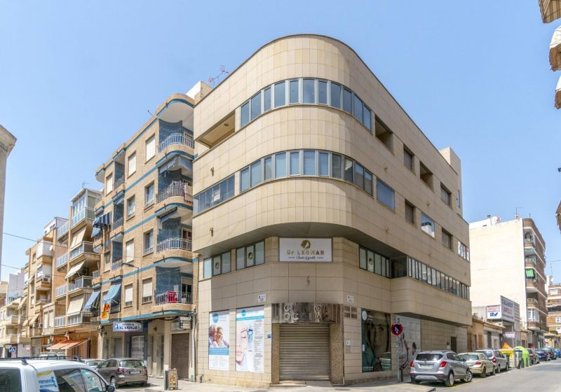 Local - Resale - Torrevieja - Center