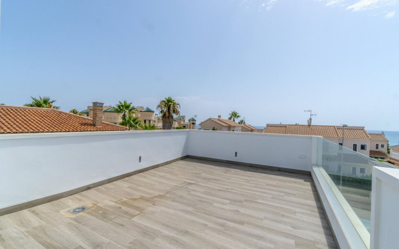 Resale - Detached Villa - Torrevieja - Torre del Moro
